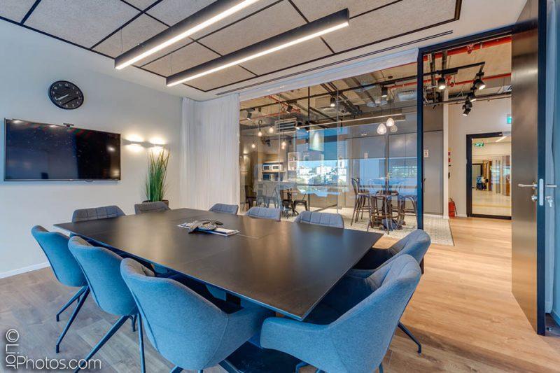 תמונת עיצוב המשרדים של חברת Mer Group