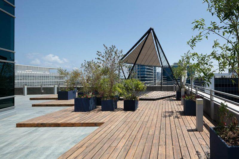 עיצוב הגג של משרדי החברה - BATTERY VENTURES